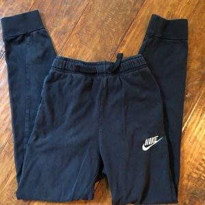 Boys Nike Joggers in size M